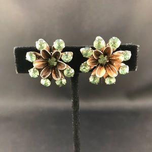 Vintage sterling screw back earrings green stones
